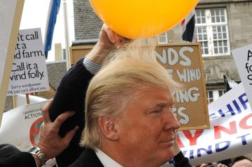 trump_balloon